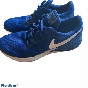 Nike Zoom Structure 22 running sneakers 8.5
